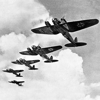 Heinkel_He_111_during_the_Battle_of_Britain_2
